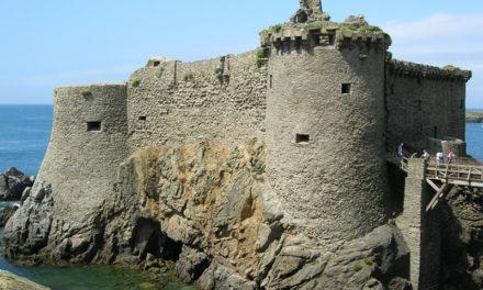 Le Vieux-Château de l'île d'Yeu : une forteresse à découvrir