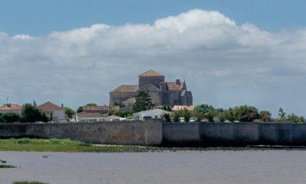 Découverte de Talmont-sur-Gironde, la cité fortifiée triplement classée